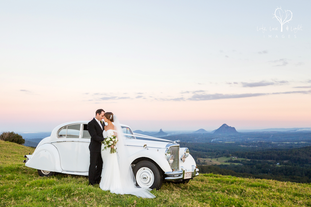 Bride and Groom portraits in Maleny