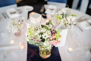 details wedding reception table flowers