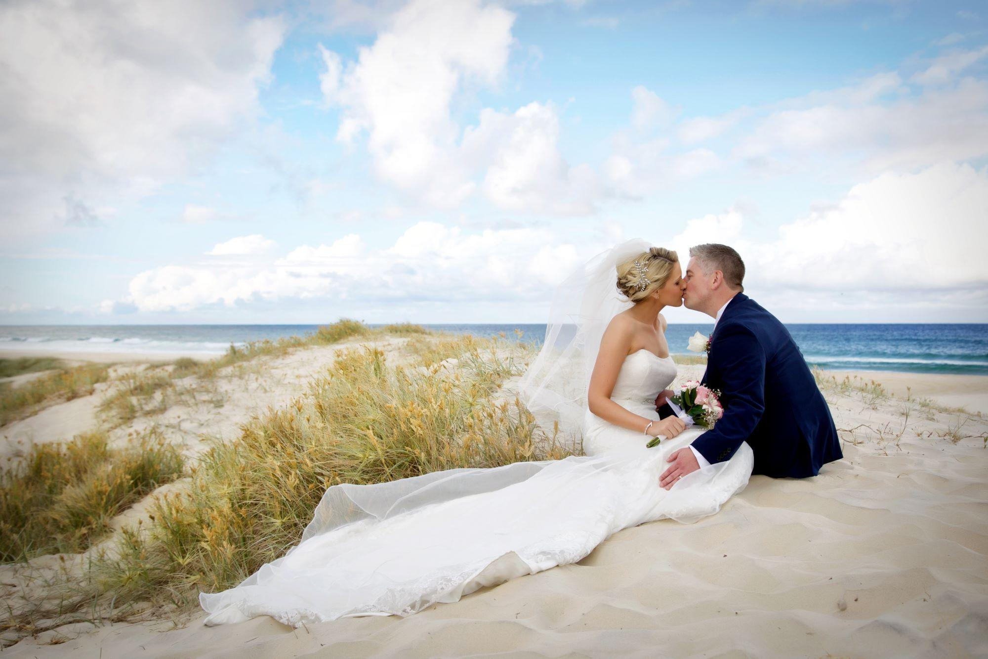 Wedding Photography Gold Coast Life Love And Light Images For Lit